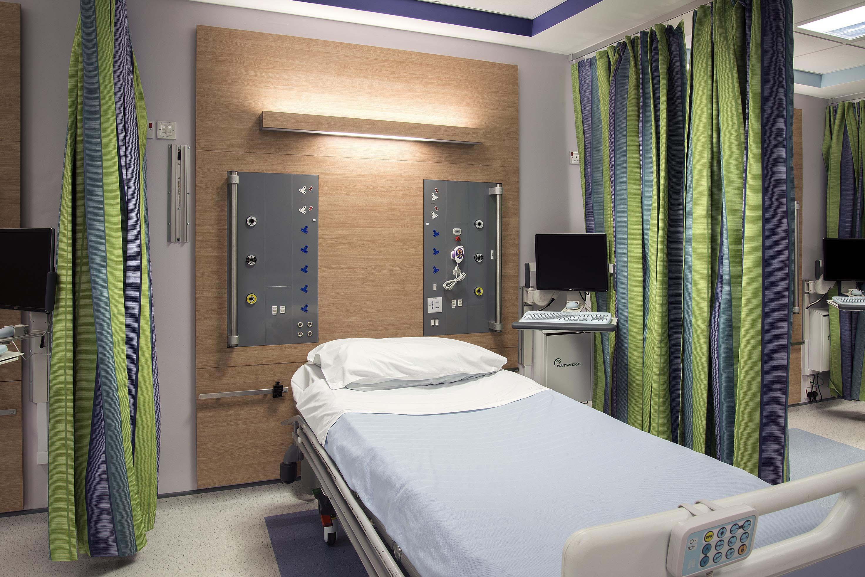 LiP Medical Milan Bedhead 7
