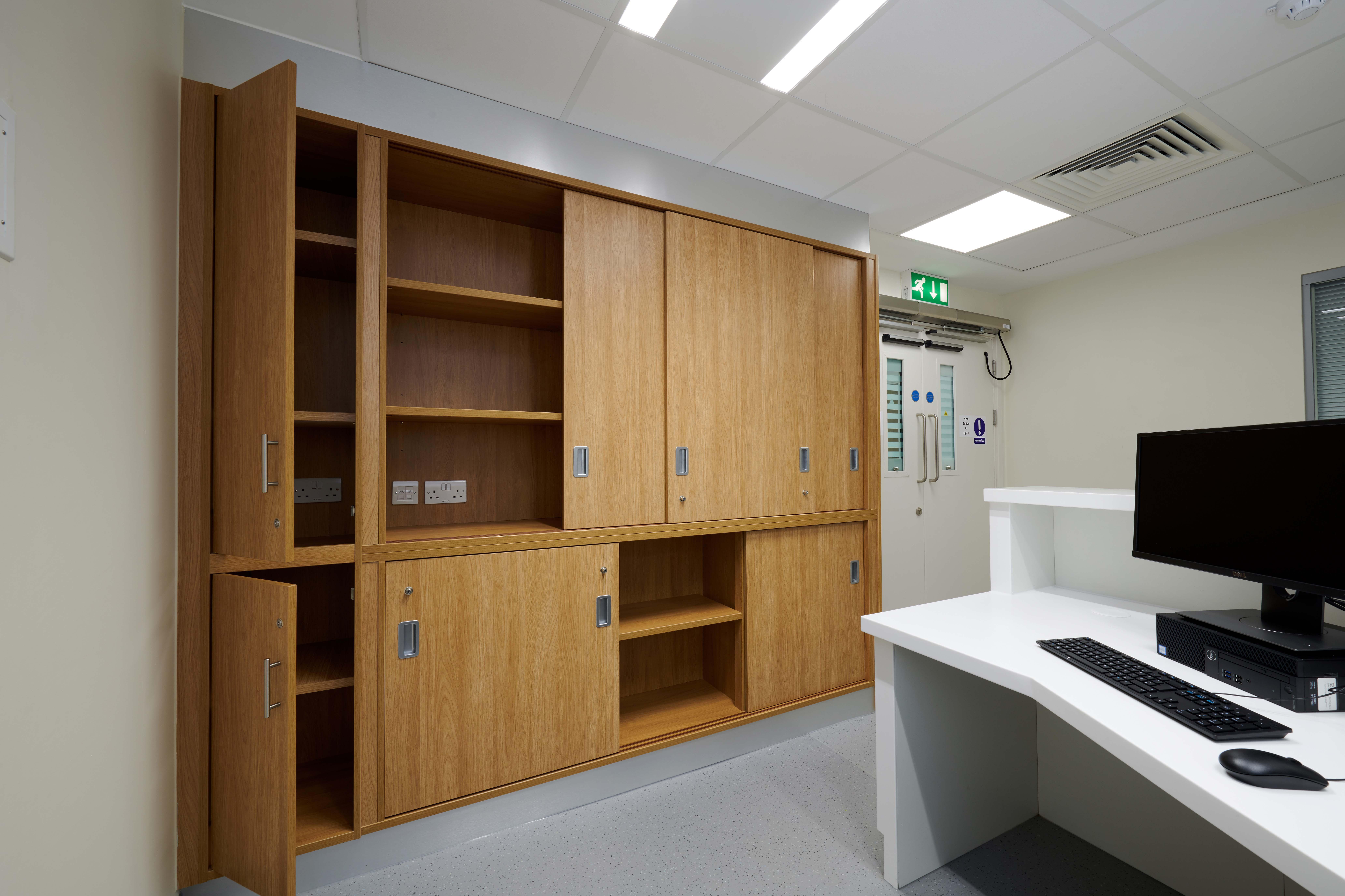 LiP Medical Furniture 6